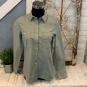 MADEWELL light washed l/s button up shirt size S